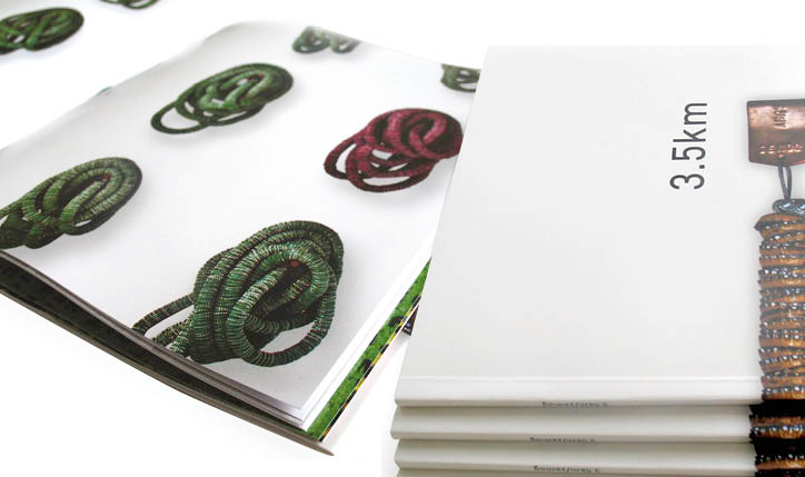 <p>cliente// Marcia Barrozo do Amaral</p> <p>designer// Christiane Krämer e Ruth Freihof</p> <p></p>